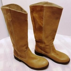 NWOB Kenneth Cole Tried and True Boots Size 9M